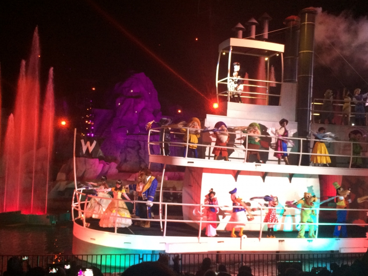 Fantasmic Fireworks Show at Disney Studios